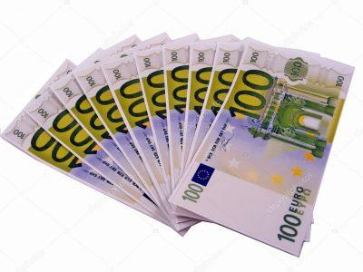 depositphotos_4382390-stock-photo-1000-euros-in-100-euro